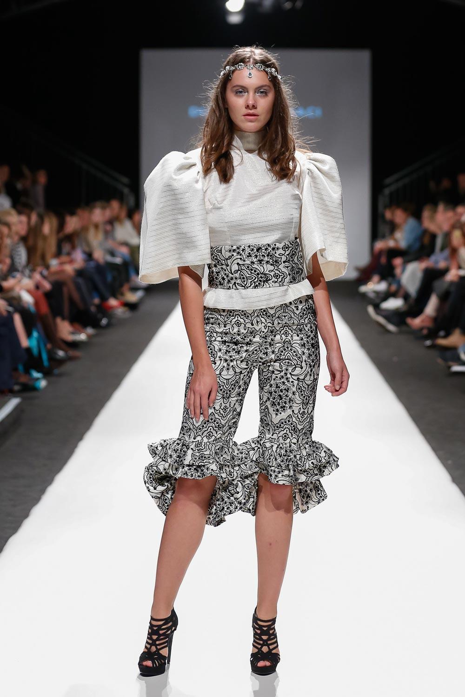 diana-caramaci-vienna-fashion-week-7